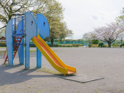 児童公園写真(公園の例)