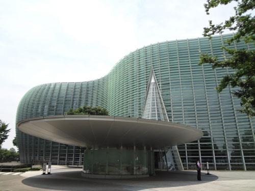 美術館写真(公共施設の例)